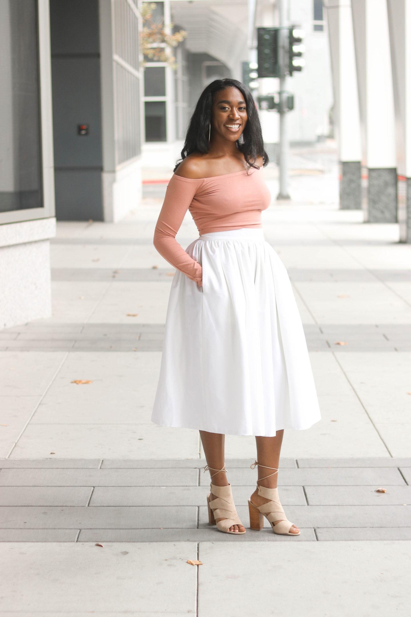 DIY White Denim Gathered Midi Skirt Tutorial , Sewing For Beginners, Sewing Tutorials, Skirt Tutorials, White Denim Skirt, DIY Fashion, Midi Skirt, Gathered skirt with pockets